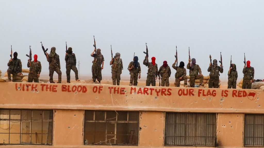 Antifa üyeleri Suriye'de
